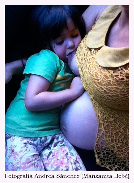 Es posible amamantar durante el embarazo